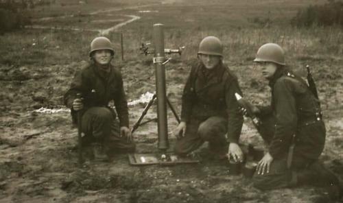 11. 1966 - 1967 A-Esk Kwinten 103 Verkbat Schietseries; M106 Mortier 120 mm