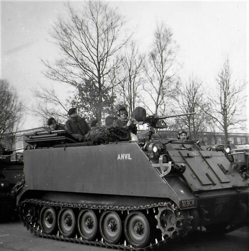 1970-1971 A-Esk 103 Verkbat Li 70-3; Eskadronsopstelling Middenweg Lpl Seedorf. Inz. Bill Nijhuis  (4)