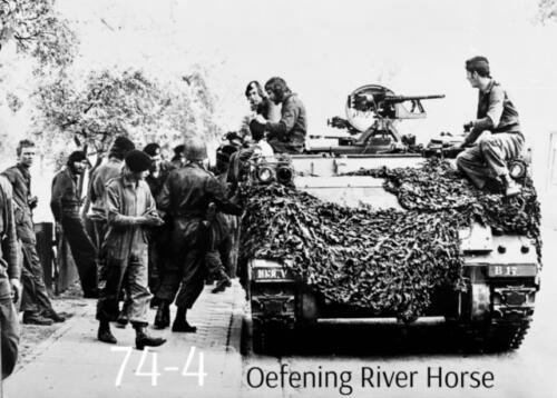 1974-1975 B-Esk li 74-4 103 Verkbat; Oefeningen en kazerneleven. Inzender Frans Homminga  (19)