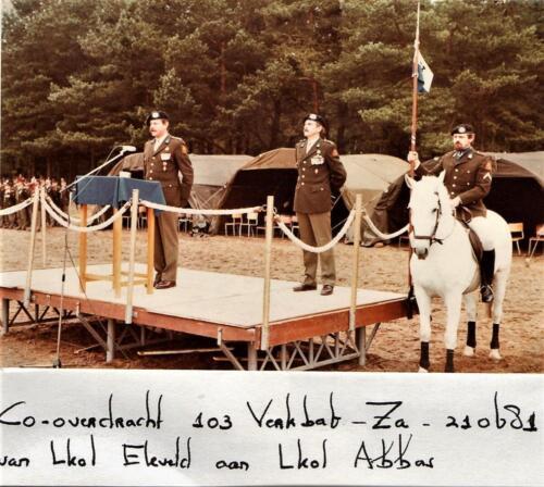 1981-06-21 103 Verkbat; Co overdracht. Lkol Eleveld aan Abbas tvs 20 jaar 103. Fotoboek van de Maj R Meeder  (5)