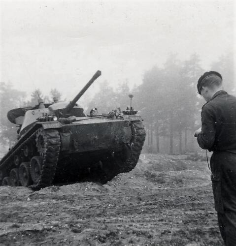 1961 SSV Esk 103 Verkbat 10. Capriolen met de Chaffee tank. Inzender W. Kunst 3