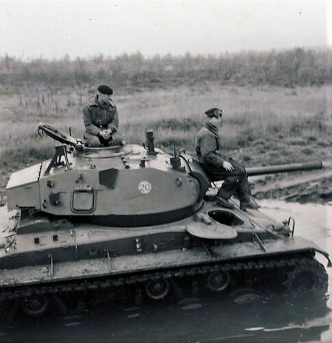 1961 SSV Esk 103 Verkbat 13a. Niet amfibisch dus... Inzender W Kunst