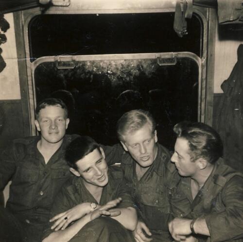 1961 SSV Esk 103 Verkbat 3. In de personencoupe van de tanktrein. Inzender W Kunst