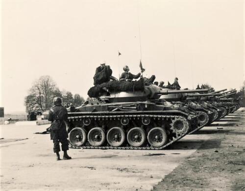 1961 SSV Esk 103 Verkbat 5. Op de plaat Bergen Hohne. Inzender W Kunst