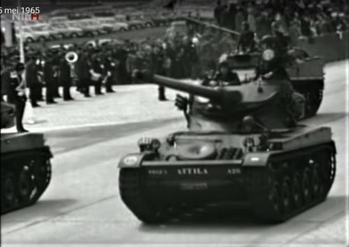1965 05 05 A Esk 103 Verkbat Wapenschouw Bevrijdingsdag