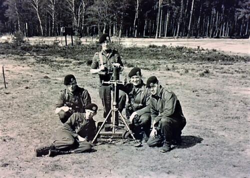 1965 1966 B Esk 103 Verkbat li 65 4 Oef met Mortier 81 mm. Inz. J. Langevoord
