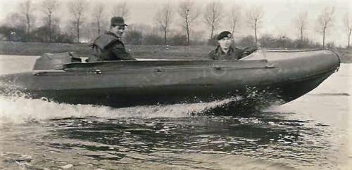 1966 - 1967 A-Esk 103 Eskadron Kwinten; Vaaroefeningen en rivieroversteek (4)
