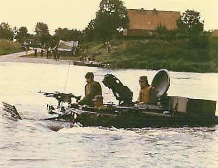 1966 - 1967 A-Esk 103 Eskadron Kwinten; Vaaroefeningen en rivieroversteek (6)