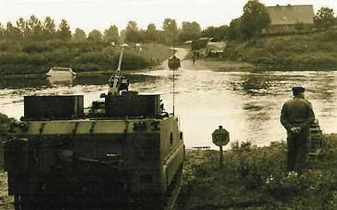 1966 1967 A Esk 103 Eskadron Kwinten Vaaroefeningen en rivieroversteek 9
