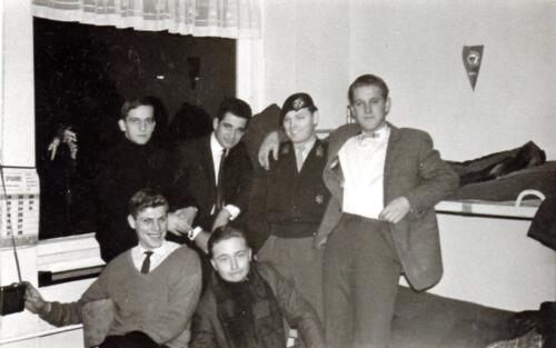 1966 1967 A Esk 103 Huzarenleven na de dienst 2