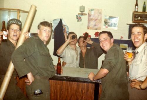 1966 1967 A Esk 103 Huzarenleven na de dienst 3