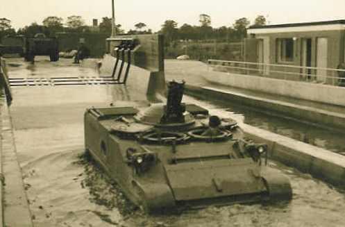1966 1967 A Esk 103 Verkbat Grote schoonmaak van AMX en M113 serie 2