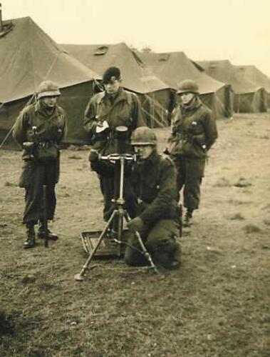 1966 - 1967 A-Esk 103 Verkbat Mortiergroep 2 de pel in aktie