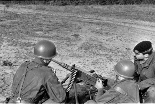 1966 1967 A Esk 103 Verkbat Op de schietbaan. Uit het fotoarchief van Jan Stoffels 3