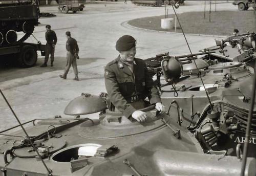 1966 - 1967 A-Esk Kwinten 103 Verkbat Parade.