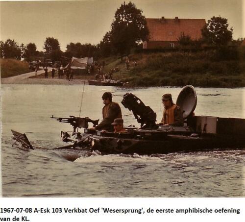 1967 07 08 A esk 103 Verkbat Oef Wesersprung de eerste amfibische oefening van de KL 1