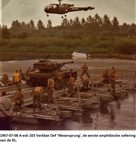 1967 07 08 A esk 103 Verkbat Oef Wesersprung de eerste amfibische oefening van de KL 3
