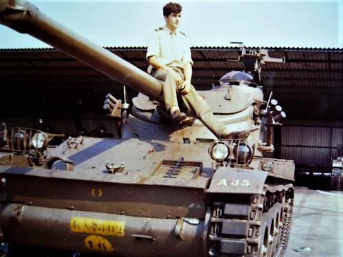 1967 1968 A Esk 103 Verkbat De Franse AMX was toch een mooi stukje techniek Inz. Kpl I TS li 66 6 Eugene Swarts 2