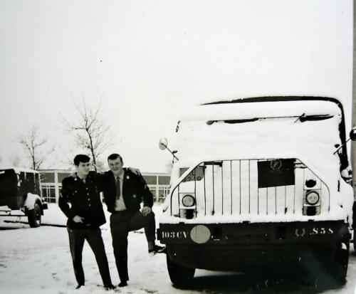 1967 1968 A Esk 103 Verkbat Sneeuw en dikke maten bij de DAF S 58 Inz. Kpl I TS li 66 6 Eugene Swarts