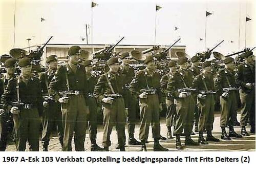 1967 A Esk 103 Verkbat Beedigingsparade voor Tlt Frits Deiters 1