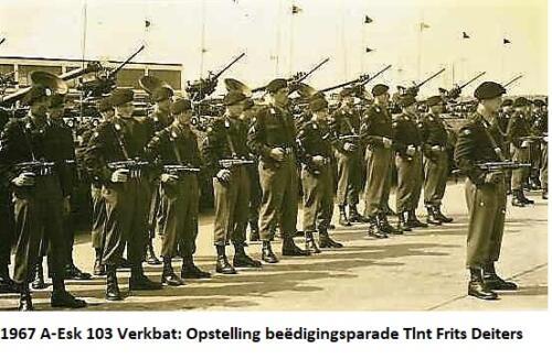 1967 A Esk 103 Verkbat Beedigingsparade voor Tlt Frits Deiters 2
