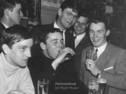 1967 A-Esk 103 Verkbat Feest bij 'Mutti Muller' in Seedorf