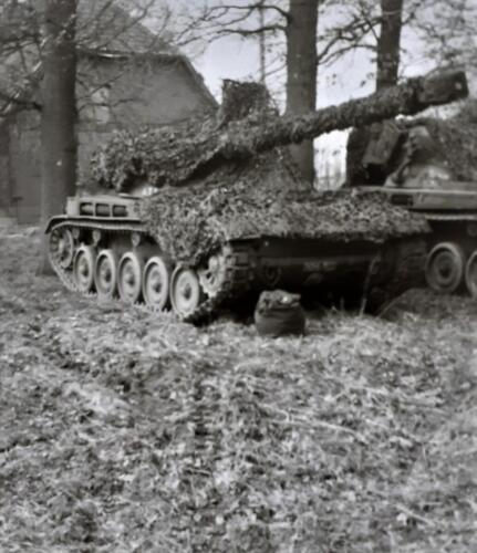 1969 1970 A Esk 103 Verkbat Oefening omgeving Bremen. AMX tank. Inz. Ad v d Berg kopie kopie