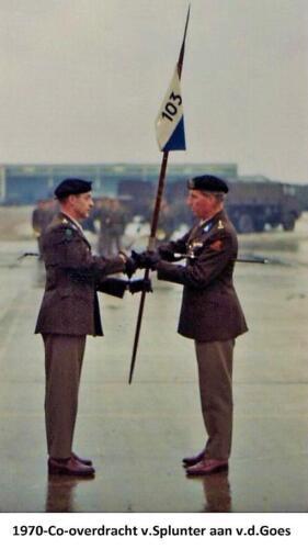 1970 01 15 103 Verkbat Lkol P.J. v Splunter draagt het commando over aan Lkol Jhr A vd Goes.