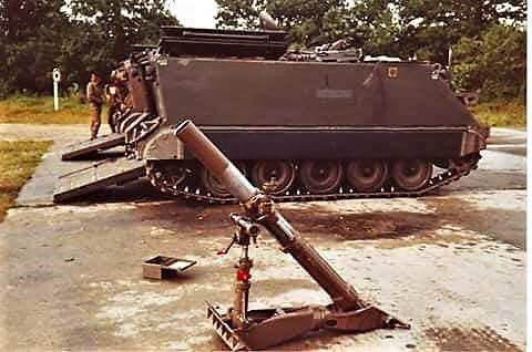 1970 103 Verkbat Schietserie M106 Mortier met uitgebouwde 4.2 zonder grondplaat