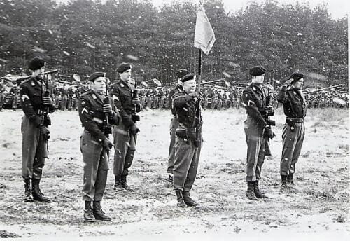 1970 103 Verkbat Seedorf Beediging. C Stwacht Tlnt Schoolland stdrager Aooi Scheffer Kpl I Jan Smit