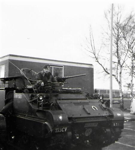1970 1971 A Esk 103 Verkbat Li 70 3 Eskadronsopstelling Middenweg Lpl Seedorf. Inz. Bill Nijhuis 2