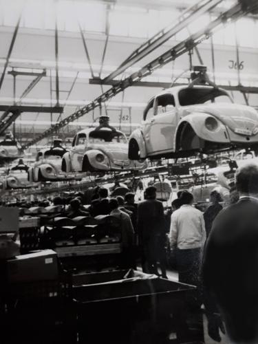 1970 A Esk 69 3 103 Verkbat Vanuit oef Harz naar de VW fabriek in Wolfsburg. Inz. Ad van den Berg