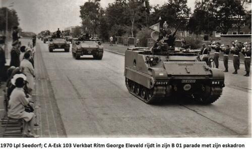 1970 B-Esk 103 Verbat Ritm G Eleveld in zijn B 01 rijdt parade met zijn esk. Fotoboek Elnt R Meeder