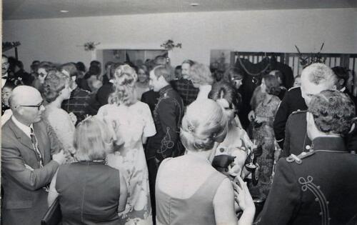 1971 103 Verkbat Trakehner Bal