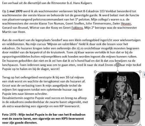 1971 B Esk 103 Verkbat Tekst de teckel van de inz. Wmr I Hans Kuijpers met zwarte baret.