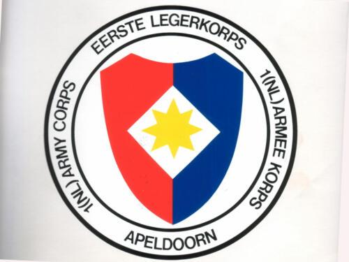 1971 Vredesslagorde en het embleem van het voormalige 1e Legerkorps 1