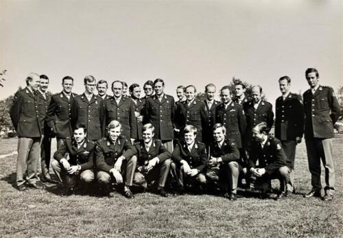 1972 1973 103 Verkbat Officiersappel. Zie namenlijst onder tweede foto Inz. Mel v. Ommen Kloeke