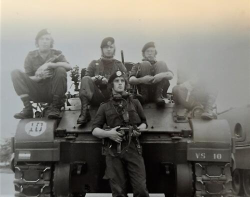 1972 1973 A Esk 103 Verkbat Gereed voor actie maar wel wat mistig. Inz. Jan Brugge