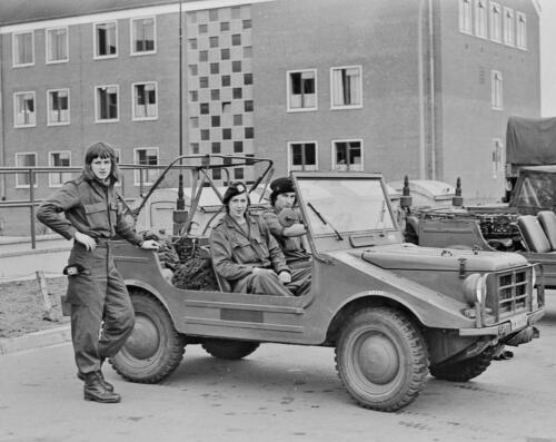 1973 103 Verkbat Tweetakt Jeep Munga Oliepotje niet vergeten te vullen