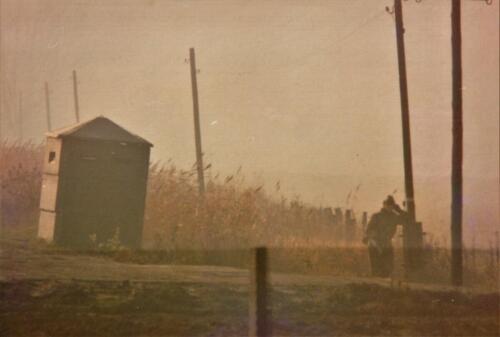1973 A Esk 103 Verkbat Bezoek aan de DDR grens IDG Vopos bekijken of keken zij... Inz Koos Oosterhoff 3 1