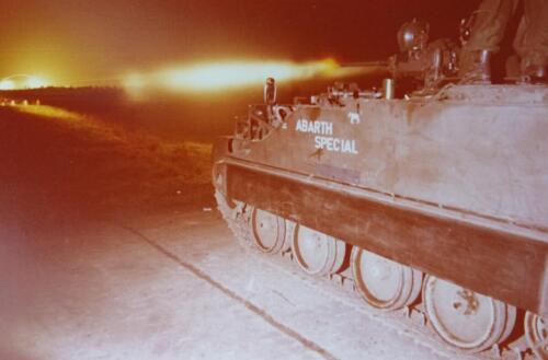 1974 09 A Esk 103 Verkbat Schietserie Avondschieten met lichtspoor. Inz. Harry de Groot