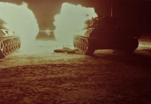 1974 09 A Esk 103 Verkbat Schietserie Avondschieten met lichtspoor. Inz. Harry de Groot 3
