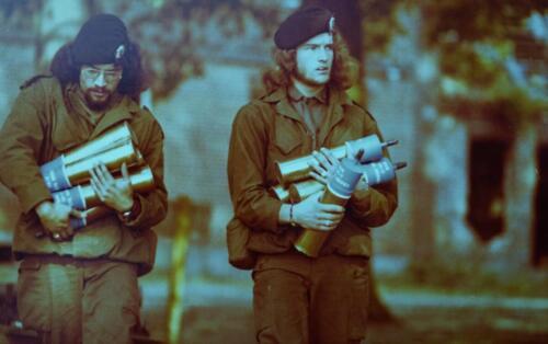 1974 09 A Esk 103 Verkbat Schietserie Carl Gustuv granaten Inz. Harry de Groot