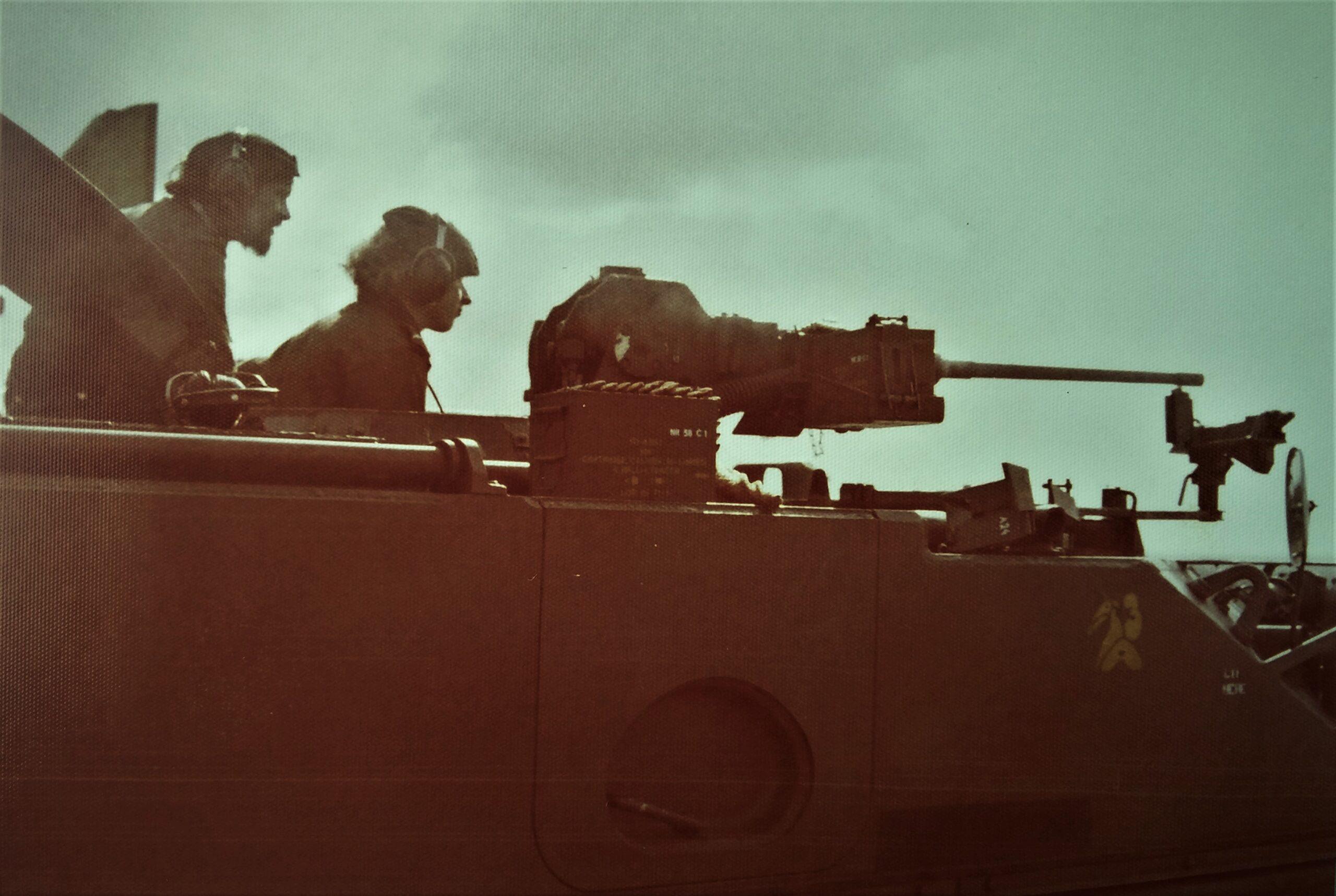 1974 09 A Esk 103 Verkbat Schietserie M113 CR .50 Inz. Harry de Groot