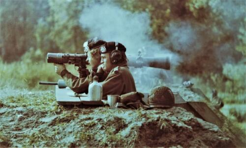 1974 09 A Esk 103 Verkbat Schietserie SI Carl Gustav Wmr I Piet vd Meeren Inz. Harry de Groot
