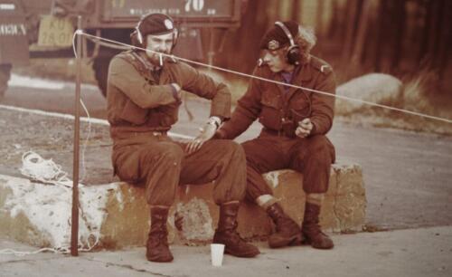 1974 09 A Esk 103 Verkbat Schietserie Vuurpauze SP Sjekkie Pauze Inz. Harry de Groot
