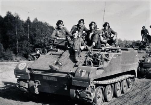 1974-1975 B-Esk li 74-4 103 Verkbat; Oefeningen en kazerneleven. Inzender Frans Homminga  (2)