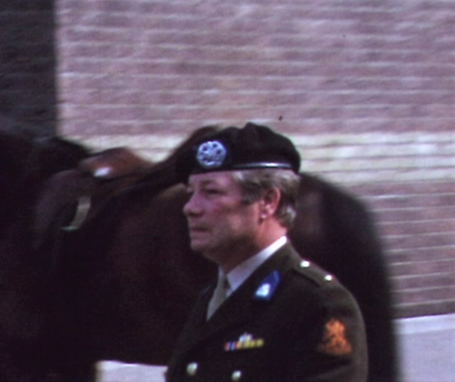 1975 06 103 Verkbat 23 Co overdracht Cavadino Valstar. Aooi Inz. Ritm Lukas Maas
