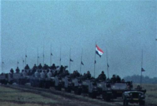 1975 06 103 Verkbat 29 Co overdracht Lkol Cavadino Valstar Veldparade ook 3e Auf Inz. Lukas Maas
