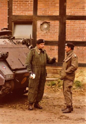 1975 10 103 Verkbat Oef Pantsersprong Inz. Reseve Ritm Lukas Maas met Toeg S3 Owi Fred vd Leij
